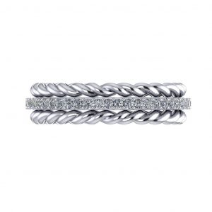 Twisted Sparkling Ring - top view