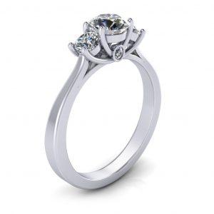 Laara Bridal Set - Engagement Ring - side view