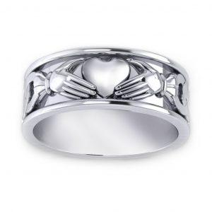 Claddagh Men's Ring - white gold