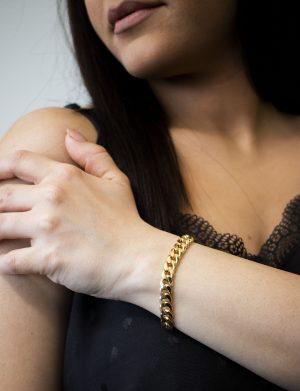 Hollow Cubain Bracelet 8.50mm - woman's hand